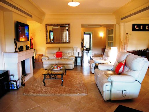 Nice ground floor apartment in a magnificent complex