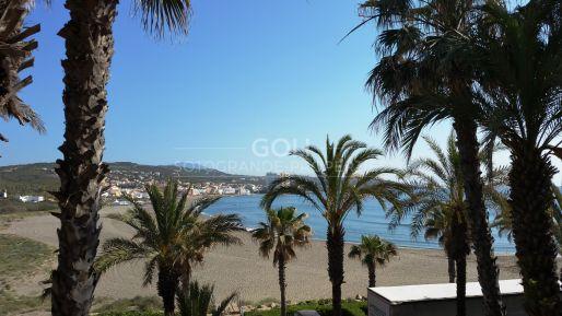 Beautiful apartment with fantastic sea views