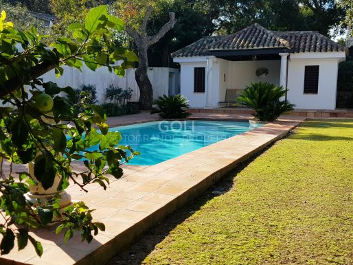 Charming villa surrounded by green zone - Semifurnished