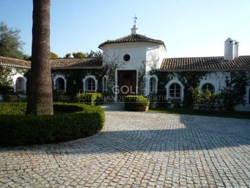 Villa en Urbanización Sierra Nevada