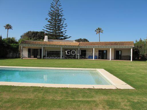 Close to the beach house on prestigious Paseo del Parque