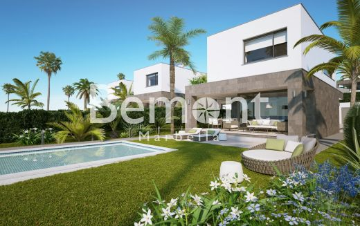 Modern new villa for sale in Manilva, close to Sotogrande