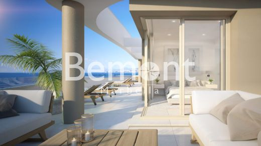 Modern beach-side apartment for sale in Marbella East