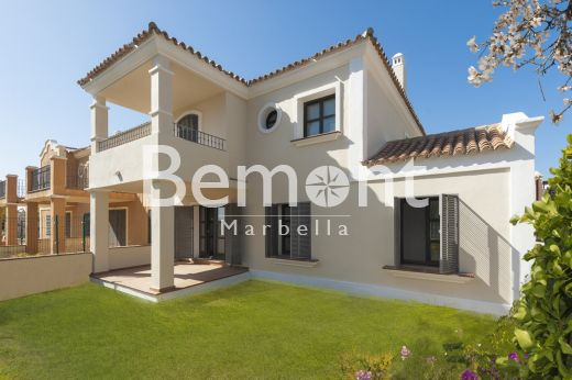 Fantastic townhouse for sale in Marbella West