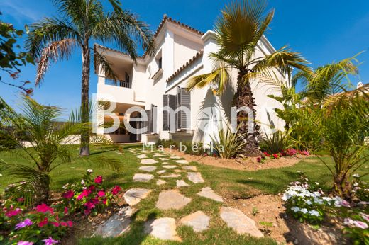 Luxury townhouse for sale in Marbella West