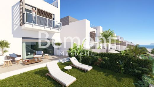 Brand new townhouse for sale in Bahía de las Rocas, Costa del Sol