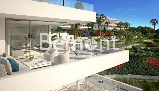 Contemporary 2 bedroom apartment for sale in Marbella West