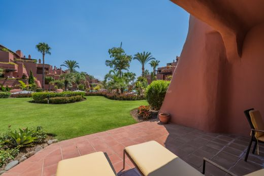 Groundfloor apartment for Sale in Marbella West, Costa del Sol