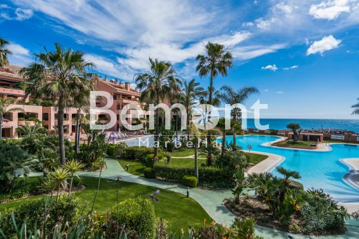 2 Bedroom apartment for sale in Puerto Banus, Marbella, Costa del Sol