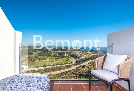 Modern duplex with sea view for sale in La Cala de Mijas, Marbella East