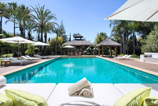 Luxury beachside villa for sale in Guadalimina Baja, Marbella West