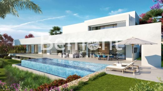 Exclusive villa with panoramic views for sale in Los Flamingos Golf, Marbella West