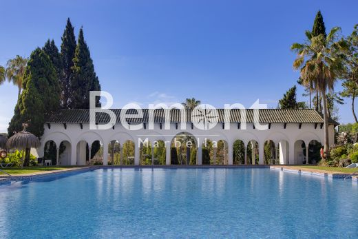 3 bedroom groundfloor apartment for sale in the exclusive Golden Mile of Marbella, Spain
