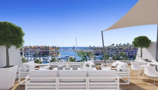 Modern apartment for sale in Sotogrande Marina, Costa del Sol, Spain