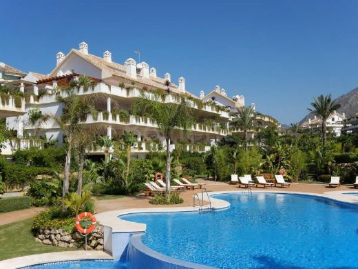 Beautiful 2 bedroom apartment for sale in Marbella –Golden mile