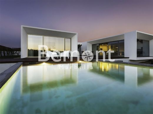 New build golf villa for sale in La Cala Golf, Marbella East