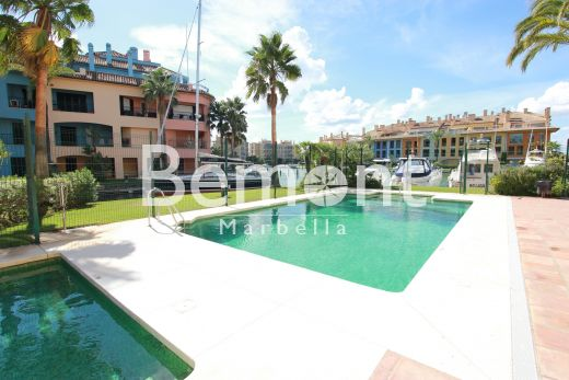 Apartment for sale in Sotogrande with views to the Marina