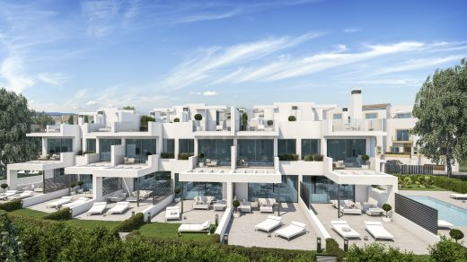 Beachside modern townhouses for sale in Estepona