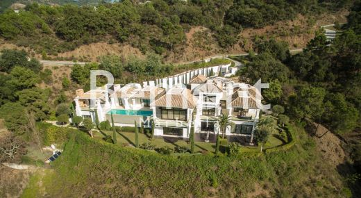 Luxury quality villa for sale in Marbella West