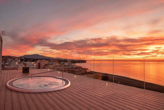Penthouse for sale in Estepona