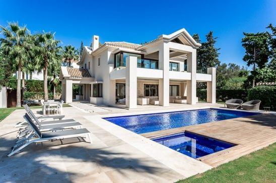 Villa for sale in Marbella Golden Mile, Marbella