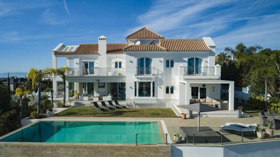 Villa en venta en Los Flamingos Golf, Benahavis
