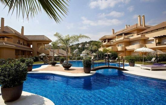 Ground Floor Apartment for sale in Aloha, Nueva Andalucia, Marbella