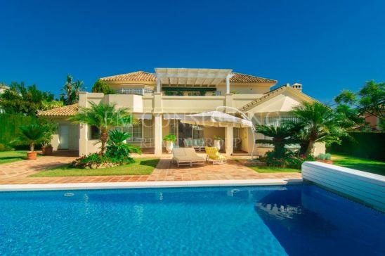 Lovely villa, 3BDS/3BTHS, Elviria, Marbella.