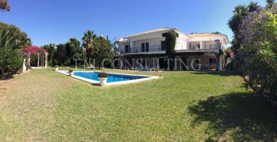 Villa à vendre à Estepona Playa