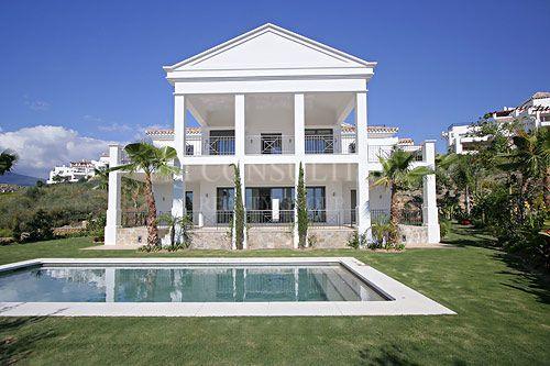 Villa en venta en Capanes Sur, Benahavis