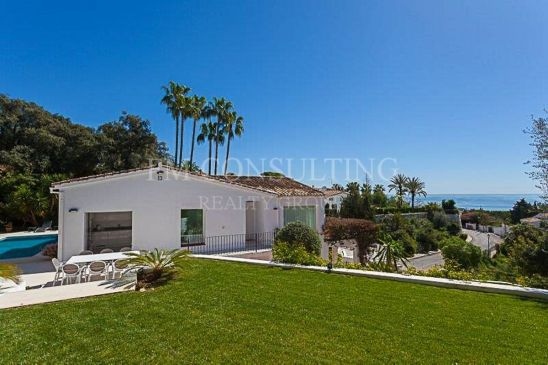 Fully renovated 5 bedroom villa in El Rosario with panoramic views to the sea