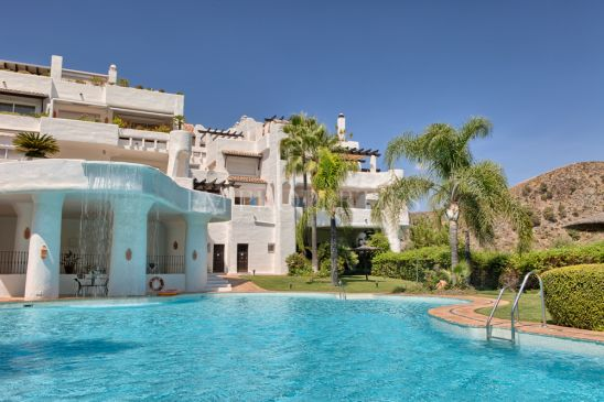 Very private duplex penthouse in La Quinta Golf Resort
