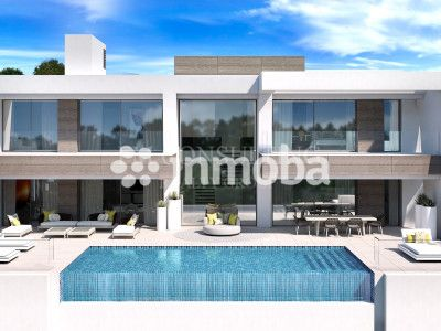 Villa en venta en Light Blue Villas, Estepona