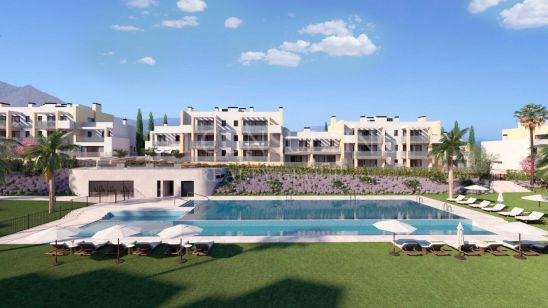 Modern apartments and penthouses , front line golf in Casares