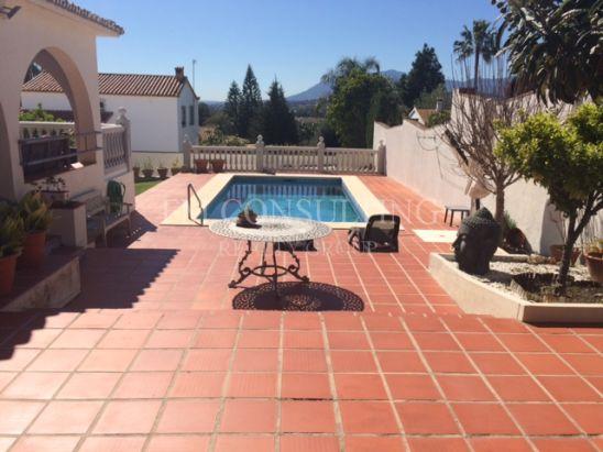 Villa en venta en Alta Vista, San Pedro de Alcantara