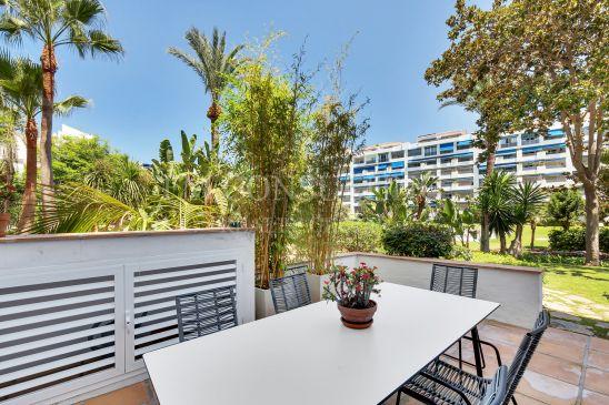 Apartamento recién reformado en Puerto Banús