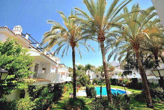 Appartement à vendre à Los Naranjos, Nueva Andalucia