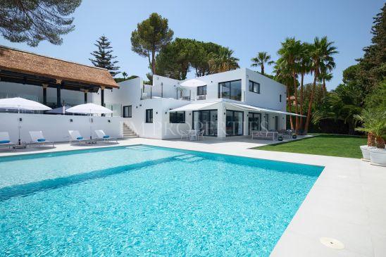 Stunning villa next to the Golf Course