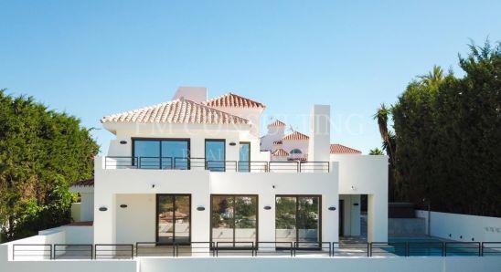 Fully renovated quality villa in unique location, Nueva Andalucia