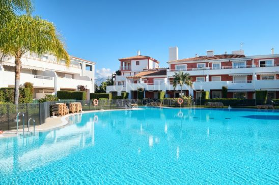 Luxury 2 bedroom ground floor apartment in Cortijo del Mar