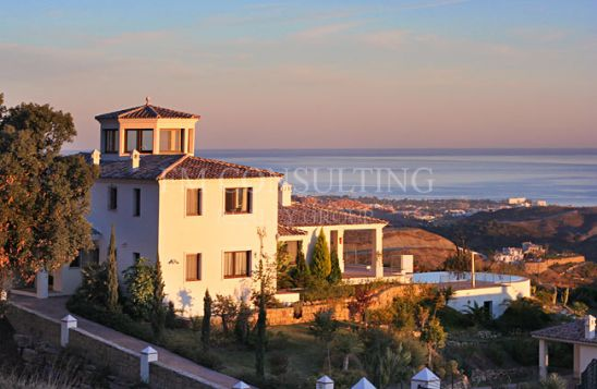 Villa en venta en Marbella Club Golf Resort, Benahavis