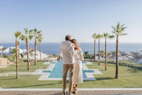 36 villas exclusivas en el corazón de Benalmádena, en pleno parque natural deTorremuelle y con unas vistas privilegiadas al mar Mediterráneo y a susplayas.
