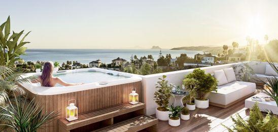 Scenic, modernos apartamentos con vistas al mar en la ciudad de Estepona
