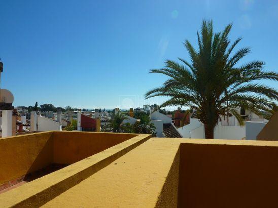 Adosado en venta en Rodeo Alto, Nueva Andalucia, Marbella