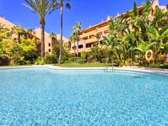 Apartamento en venta en Marbella Este, Marbella