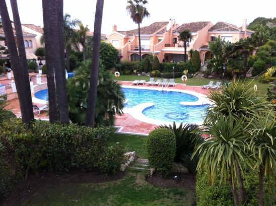Town House for sale in Beach Side New Golden Mile, Estepona