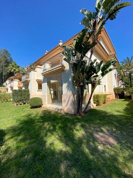 Apartamento Planta Baja en venta en Marbella Este, Marbella