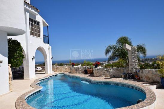 Villa en venta en Benahavis