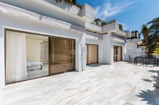 Apartamento en venta en Marbella Golden Mile, Marbella