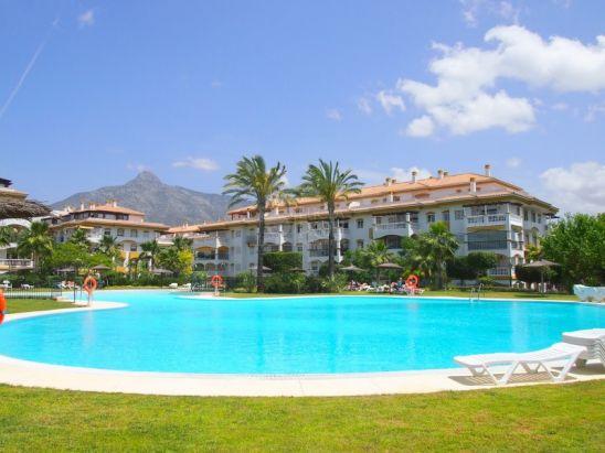Apartamento Planta Baja en venta en Nueva Andalucia, Marbella